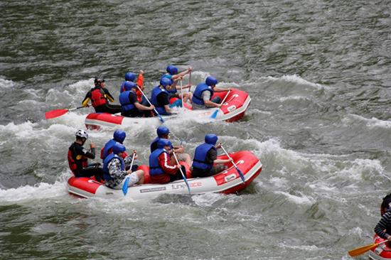 Rafting, spływy pontonowe, spływy na Dunajcu, FUN&RACE, www.funrace.pl