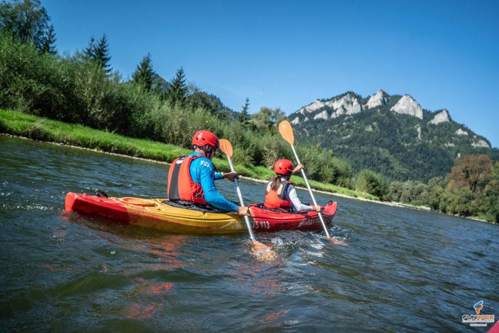 Spływ kajakowy Dunajcem, wypożyczalnia kajaków w Szczawnicy_FUNRACE